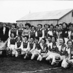 Siemens and cerebos ladies football teams